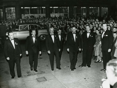 Vittorio De Sica and entourage arriving at the Savoy Cinema, Cork